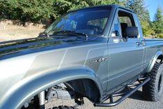Toyota Pickup 4x4, Toyota Trucks, 4x4 Trucks, Cool Trucks, Toyota Hilux, Pinstriping, Offroad, Cars, Supreme