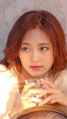 Very hotttt ❤❤ Twice Jyp, Tzuyu Twice, Beautiful Asian Girls, Most Beautiful Women, Kpop Girl Groups, Kpop Girls, Prity Girl, Chou Tzu Yu, Soyeon