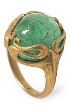 Edward Colonna - An Art Nouveau gold and cabochon emerald ring, Paris, circa 1900. #Colonna #ArtNouveau #ring