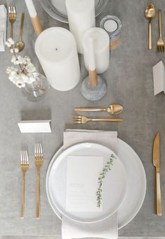 a minimalist wedding table setting with a grey tablecloth, gold cutlery and whit., minimalist wedding table setting with a grey tablecloth, gold cutlery and white candles looks ethereal. Breakfast Table Setting, Bride And Breakfast, Scandinavian Wedding, Minimalist Scandinavian, Scandinavian Style, White Table Settings, Wedding Table Settings, Setting Table, Place Settings