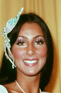 Cher at the Grammys 1974 Makeup Inspo, Makeup Inspiration, Look Disco, Art Visage, Cher Photos, Cher Bono, Vintage Makeup, Iconic Women, Up Girl