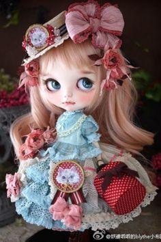 Bjd, Pretty Dolls, Knitted Dolls, Custom Dolls, Big Eyes, Blythe Dolls, Fashion Dolls, Doll Clothes, Whimsical
