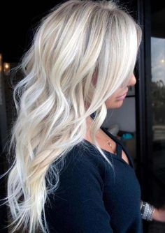 """Absolutely breathtaking platinum blonde full foil """"babylight balayage"""" with . - Absolutely breathtaking platinum blonde full foil """"babylight balayage"""" with a beautiful haircut - Ice Blonde Hair, Blonde Hair Looks, Blonde Hair With Highlights, Brown Blonde Hair, Blonde Color, Platinum Blonde Highlights, Blonde Brunette, Icy Blonde, Balayage Highlights"""