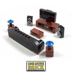 Image result for lego living room Lego Dc, Lego Duplo, Lego Watch, Lego Candy, Lego Decorations, Micro Lego, Fiesta Lego, Amazing Lego Creations, Lego Furniture