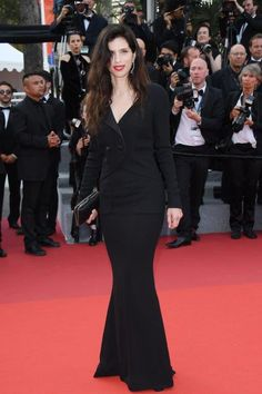 Maïwenn . Chanel at Cannes: looks,celebrities and events . #beauty  #blacksilkdres #Chanel Makeup #ChanelJewelry ph by Chanel/ Getty Images