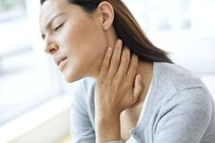 Swollen glands or lymph nodes may be related to fibromyalgia and chronic fatigue syndrome. See what we know about it and how to relieve the pain. Chronic Fatigue Syndrome Diet, Chronic Fatigue Symptoms, Chronic Illness, Chronic Pain, Heal Sore Throat, Throat Pain, What Causes Excessive Sweating, Chronic Fatigue Treatment, Fibromyalgia