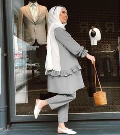 ZAFUL offers a wide selection of trendy fashion style women's clothing. Modest Fashion Hijab, Modern Hijab Fashion, Hijab Fashion Inspiration, Abaya Fashion, Muslim Fashion, Fashion Outfits, Modest Dresses, Modest Outfits, Moda Hijab