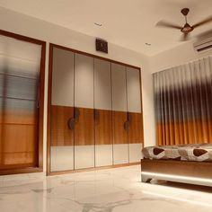 Best Wardrobe Design in India Wardrobe Design Bedroom, Bedroom Cupboard Designs, Luxury Bedroom Design, Door Design Interior, Bedroom Closet Design, Wardrobe Laminate Design, Best Wardrobe Designs, Sliding Door Wardrobe Designs, Wardrobe Doors