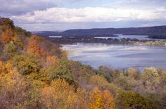 A fall vista of the Mississippi River from the overlook on Highway 52 on the north approach to Guttenberg, Iowa.