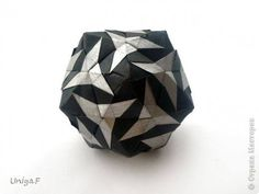 3d Paper, Origami Paper, Paper Crafts, Geometric Sculpture, Modular Origami, Paper Ornaments, Paper Snowflakes, Origami Tutorial, Kirigami
