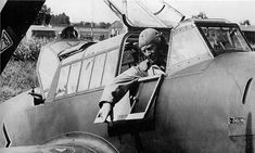 Fascinating photos show Spitfire pilots taking the fight to Hitler's Luftwaffe in the first month of the Battle of Britain Aircraft Photos, Ww2 Aircraft, Military Aircraft, Luftwaffe, Adolf Galland, Germany Vs, Ww2 Planes, Battle Of Britain, Royal Air Force