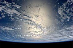 Earth observation - sun glint pictures reveal an amazing amount of detail