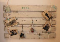 Schlüsselbretter & -kästen - Schlüsselbrett Keys Blümchen - ein Designerstück von Pfaennle bei DaWanda
