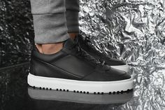 """Just in time for winter, ETQ Amsterdam has delivered a couple new footwear options with the """"Eclipse"""" pack."""