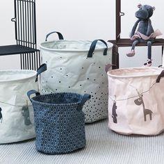 Nuevos cestos infantiles para que guarden sus juguetes y sus cosas. Puedes elegir entre animales y unos bonitos estampados. #decokids #design #inspiration