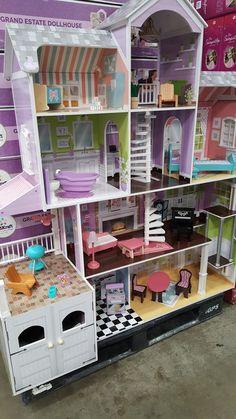 Costco dollhouse 2019