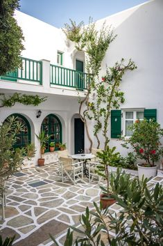 The Best of the Cyclades: Mykonos, Paros & Ios Greece House, Spanish Style Homes, Greek Islands, My Dream Home, Future House, Interior And Exterior, Architecture Design, Spanish Architecture, Contemporary Architecture