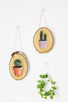 12 Rad DIY Wall Art Ideas for Spring!,Decoupage onto wood slices. --LYC How To Make Wood Art ? Wood art is typically the work of shaping about and inside, provided that the outer. Wall Art Crafts, Frame Crafts, Diy Wall Art, Decor Crafts, Wood Crafts, Diy Crafts, Mur Diy, Decoupage, Diy Kit