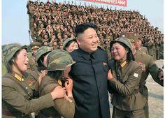 Κιμ Γιονγκ Ουν: Και οι γυναίκες κλαίνε για το ίνδαλμά τους [photos]