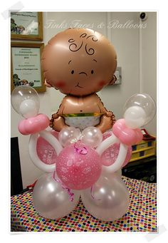 Newborn baby with dummies Regalo Baby Shower, Baby Shower Deco, Baby Shower Signs, Baby Shower Diapers, Baby Shower Parties, Baby Shower Themes, Baby Boy Shower, Baby Balloon, Baby Shower Balloons