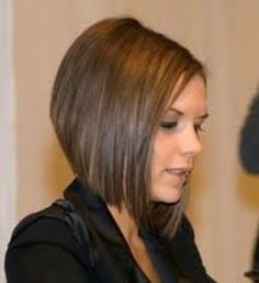 sometimes I miss my Victoria Beckham haircut. Graduated Bob Hairstyles, Stacked Bob Hairstyles, Short Bob Haircuts, Hairstyles Haircuts, Straight Hairstyles, Graduated Haircut, Wedge Hairstyles, Victoria Beckham, Beckham Haircut