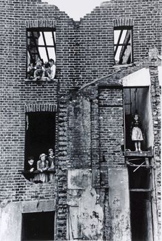 CHILDREN IN BOMBED BUILDING, BERMONDSEY, 1954