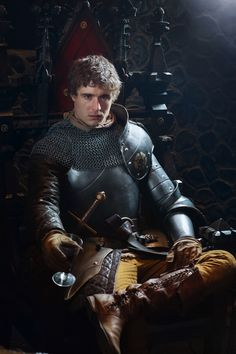 The White Queen, Max Irons as King Edward iv (mini-series to be on Starz) Philippa Gregory, Max Irons, Eduardo Iv, Les Ames Vagabondes, The White Queen Starz, Disneysea Tokyo, Queen Videos, Elizabeth Woodville, The White Princess