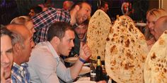 Did you know that the 'World's Biggest #Naan #Bread' was made in 2004 and measured at 3m by 1.5m. Could you #eat all that naan?  😍