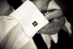 Cufflinks hit both ends of the style spectrum and can be either gaudy or understated cool. Mostly worn with French cuff shirts, this small yet powerful jewelry is something that a gentleman just cannot overlook. French Cuff Shirts, Best Mens Fashion, Men's Fashion, Ex Machina, Sharp Dressed Man, Well Dressed, Black Square, Designer Wedding Dresses, Stylish Men