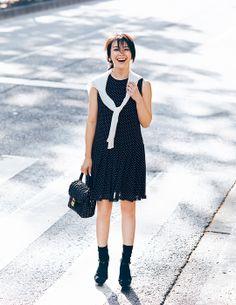 ユニクロ 特集 |Domani 知花くららが着る 通勤クールビズプラン|WOMEN Work Fashion, Women's Fashion, Japanese Girl, Uniqlo, Muse, My Style, Inspiration, Beautiful, Black