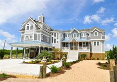 Twiddy Outer Banks Vacation Home - The Tides - SS - Oceanfront - 7 Bedrooms