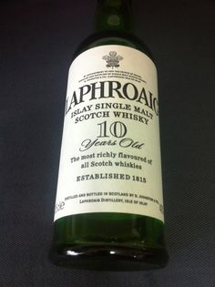 Whisky  LAPHROAIG  ちょっとスモーキーな感じ
