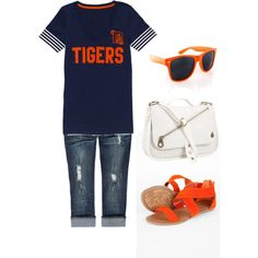 Game Day Outfit! detroit tigers, fashion, game day outfits, style, cloth, shirts, heel, fun outfit, tan