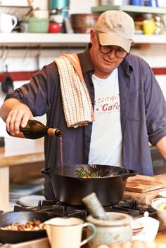 Al Brown's Winter Pinot Noir Lamb Leg, with Lodge Cast Iron and Mind food magazine.