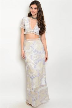 a6de81e4ca This Maxi Set is a must have! Featuring a lilac short sleeve cropped top  and lined lace trim maxi skirt. Perfect for any occassion and truly a  beauty!