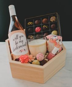 50 Best Bridesmaid Gifts DIY Cheap and Simple Will You Be My Bridesmaid Gifts, Best Bridesmaid Gifts, Bridesmaid Gift Boxes, Bridesmaid Proposal, Bridesmaids, Wine Gift Boxes, Wine Gift Baskets, Wine Gifts, Clear Gift Boxes