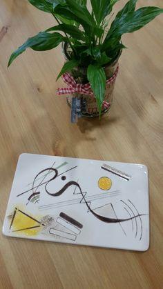 Kardinsky   Keramik selber bemalen bei  Paint your Style - Wien 15 http://www.paintyourstyle.de/at/wien15/ Kardinal-Rauscher-Platz 5; 1150 Wien Telefon: +43 1 786 06 77 wien15@paintyourstyle.at   FB: Paint your Style - Wien 15
