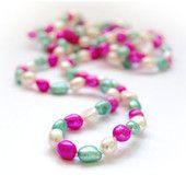 Värikäs pinkki-valkoinen-vaaleanvihreä makeanveden helminauha (pitkä malli) #pinkkihelminauha #pink