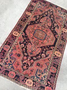 """Persian rug 3'7"""" x 6'7"""""""
