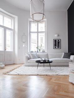 Beni Ourain Teppich Touda Traumzuhause Weiße Couch, Teppich Schwarz Weiß,  Skandinavische Möbel, Altbauwohnung