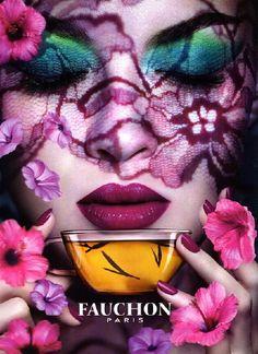 Fauchon thé, Paris for Air France Fauchon Paris, Top Makeup Artists, Making Faces, Air France, Fantasy Makeup, Lip Art, Green Velvet, Woman Painting, Face Art