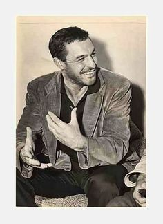 The only thing better than Gene Kelly is a scruffy Gene Kelly.  Hel-llo!
