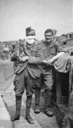 May 20 1915 Battle of Festubert Harry Hylton Lee of 1st Bn Cameronians in gas-mask and goggles