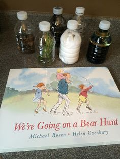 Mommy's Block Party: Toddler Time: Going On a Bear Hunt Sensory Bottles Sensory Bottles, Sensory Bins, Sensory Activities, Sensory Play, Book Activities, Preschool Activities, Sensory Boards, Preschool Library, Language Activities