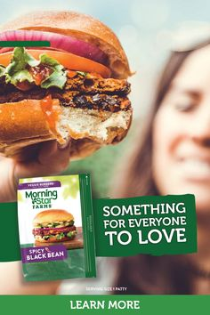 When you want all the flavor with none of the hassle, reach for a MorningStar Farms veggie burger. Delicious options like Spicy Black Bean, Cheezeburger, ¼ lb Meat Lover, and Mediterranean Chickpea will hit the spot no matter what you crave. Vegetarian Recipes Easy, Healthy Crockpot Recipes, Beef Recipes, Chicken Recipes, Cooking Recipes, 100 Calories, Hamburger Vegetarien, Health Dinner, Saveur