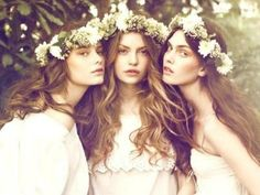 bridal style flower crowns boho weddings for the boho luxe bride Flower Girls, Flower Girl Dresses, Flower Crowns, Flower Children, Crown Flower, Braid Flower, Daisy Crown, Glamour, Bohemian Bride