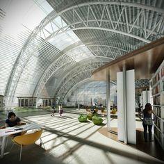 Luminous Moon-Gate   Form4 Architecture
