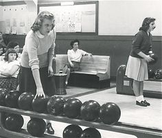 Bowling, 1950s.  A typical date.
