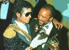 Give A Smile Projects zu Ehren von Michael Jackson - Menschen über Michael
