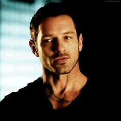Discover & share this Peter Hale GIF with everyone you know. GIPHY is how you search, share, discover, and create GIFs. Stiles Teen Wolf, Teen Wolf Boys, Peter Hale, Ian Bohen, Scott Mccall, Tom Felton, Non Fiction, Young Derek Hale, Teen Wolf Peter